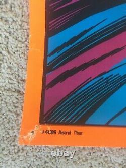 1971 Vintage ORIGINAL Marvel Third Eye Black Light Poster Astral Thor 4006