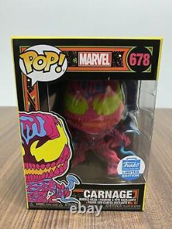 Funko Pop! Marvel Carnage (Black Light) Funko Shop Exclusive + 2 Posters