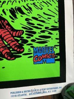 Marvel 1997 Funky Co Spider-Man Rare Blacklight Velvet Art 3D Clean Poster