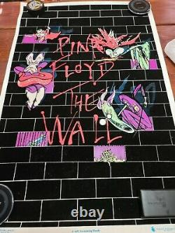 Pink Floyd VINTAGE The Wall Screamin Heads Black Light Poster 2001 Scorpio used