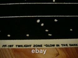 THE TWILIGHT ZONE, Vintage 1989 Flocked Black Light Velvet Glow Poster