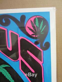 Vintage Maximus Super 1970s blacklight poster marijuana weed 3563