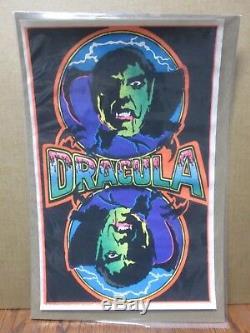 Vintage Mini Velvet Black light Poster 1975 flocked 11x17 Dracula Inv#G05