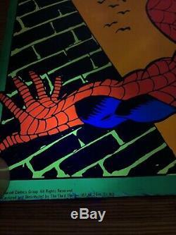 Vintage SPIDERMAN MARVEL THIRD EYE Black Light Poster 4016 Gil Kane USED Damage