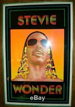 Vintage velvet flocked STEVIE WONDER Blacklight Poster July soul Funky 1981 NOS